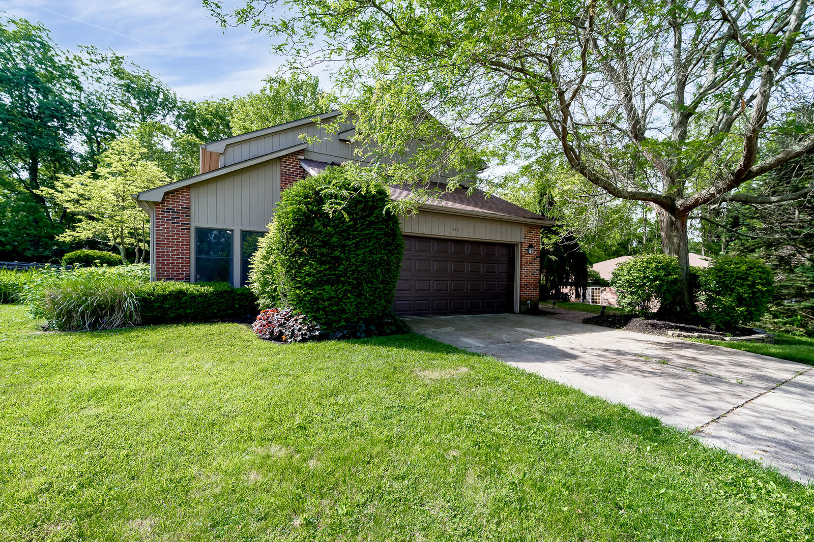 318 N Danern Drive Property Photo