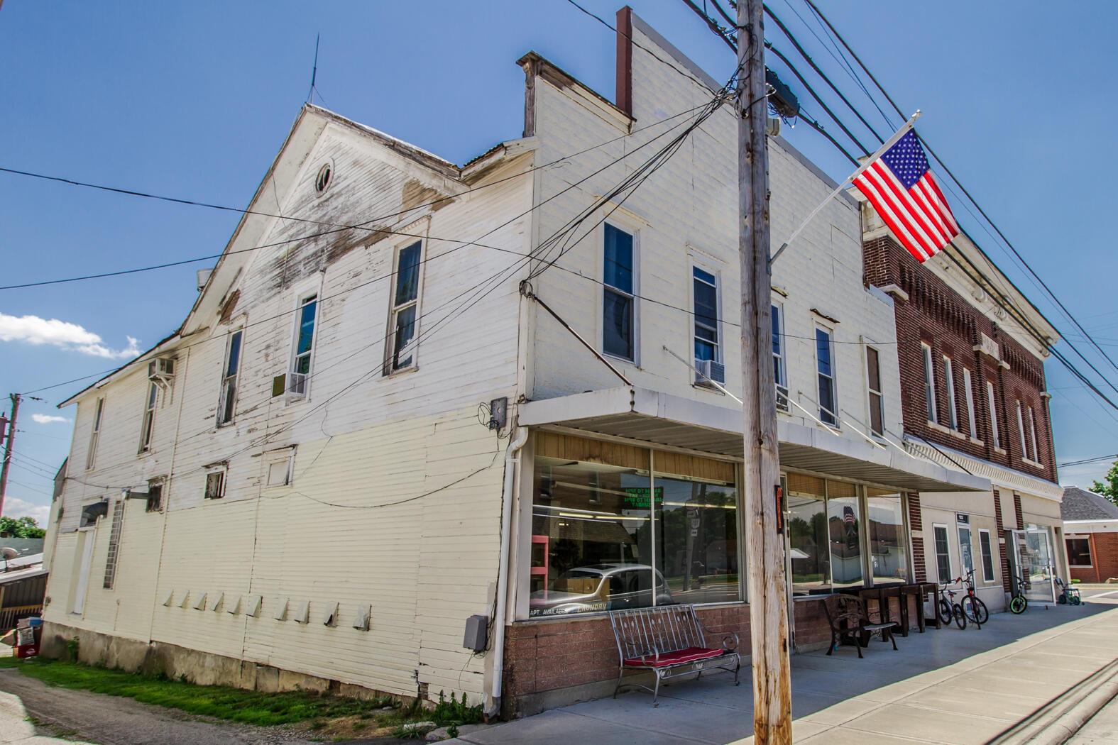 107 N Main Street Property Photo