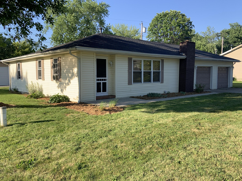 8946 College Street Property Photo
