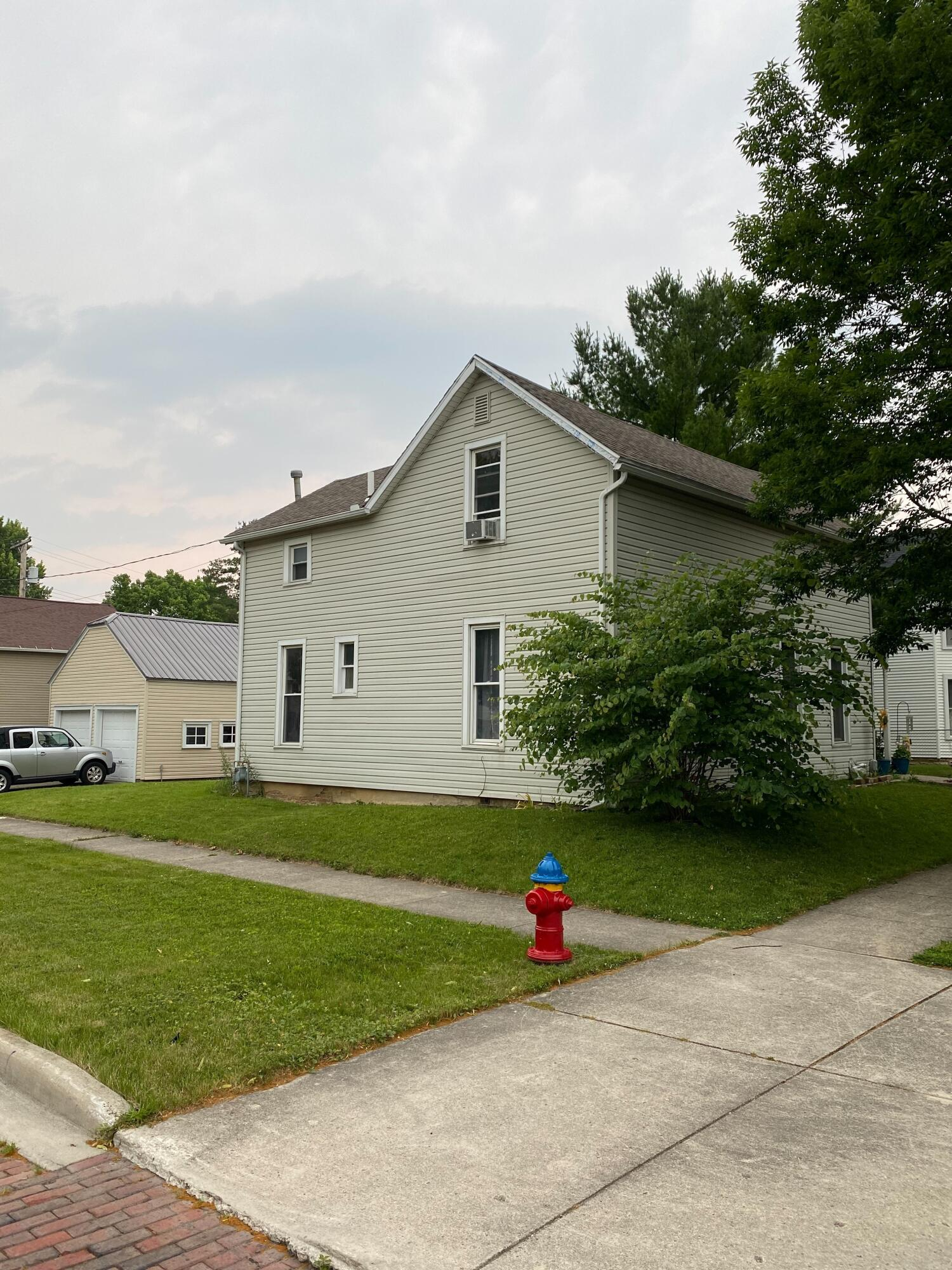 312 W Pearl Street Property Photo