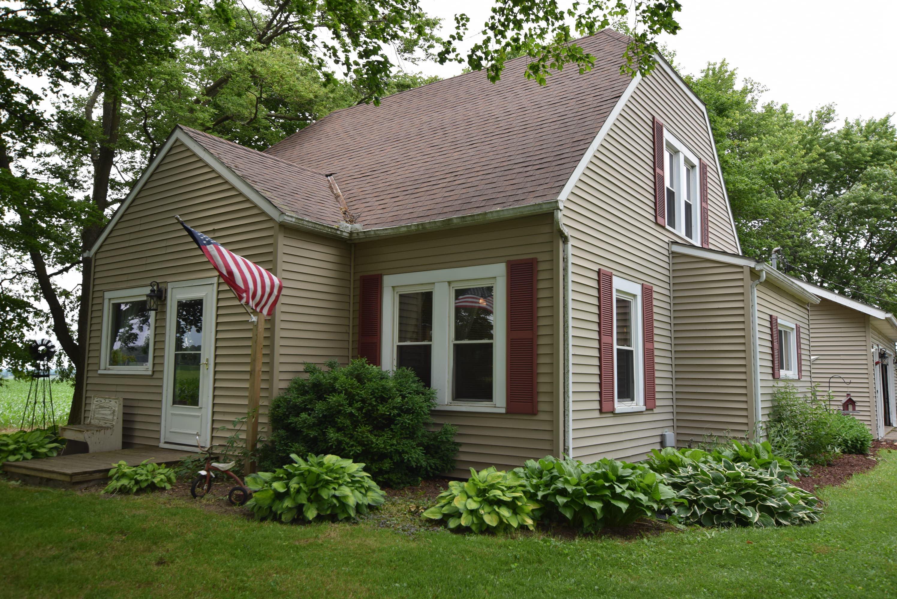 2318 E Kingscreek Road Property Photo 1