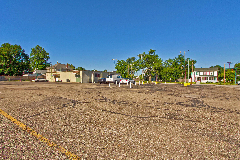 913 S Main Street Property Photo 27