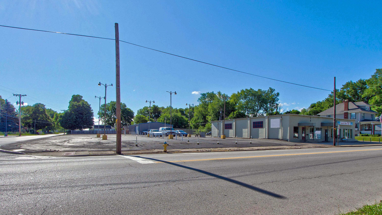 913 S Main Street Property Photo 31