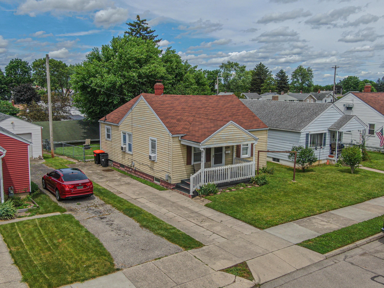 2136 Hillside Avenue Property Photo 1
