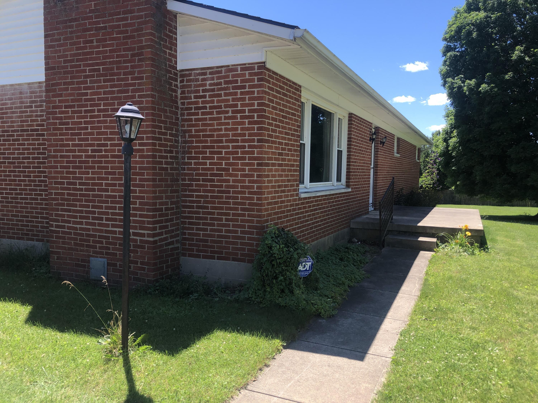 8 East (bollinger Rd) Street Property Photo 15