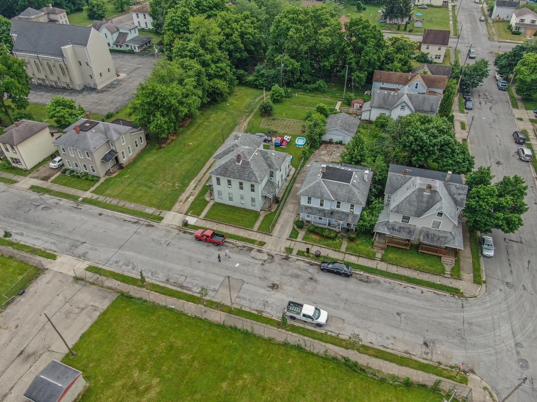 233 W Clark Street Property Photo 1