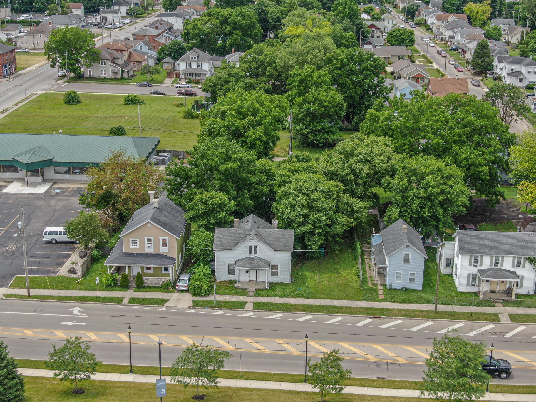 221 N Yellow Springs Street Property Photo 1