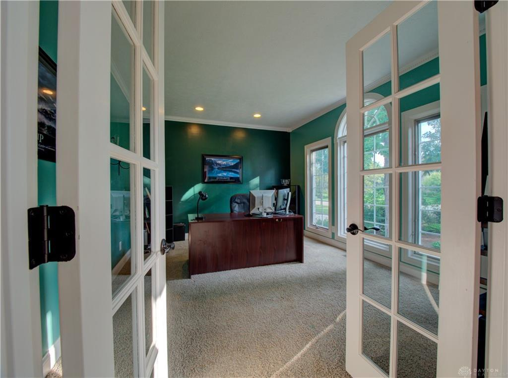 10621 Willow Brook Road Property Photo 6