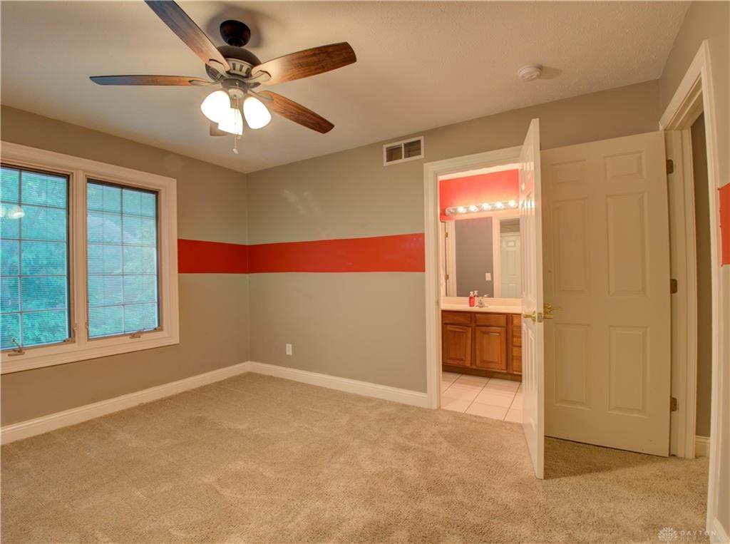 10621 Willow Brook Road Property Photo 34