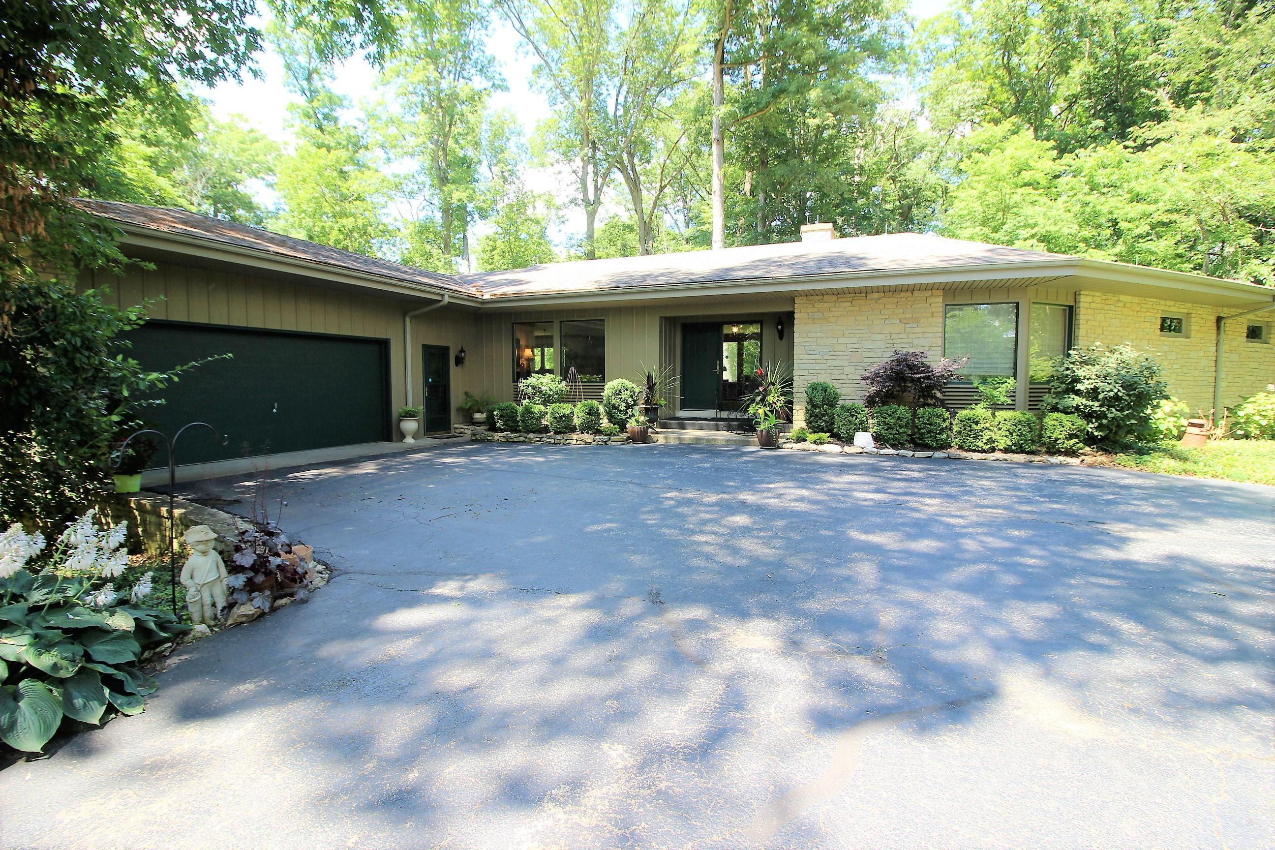 6098 E Us Route 36 Property Photo
