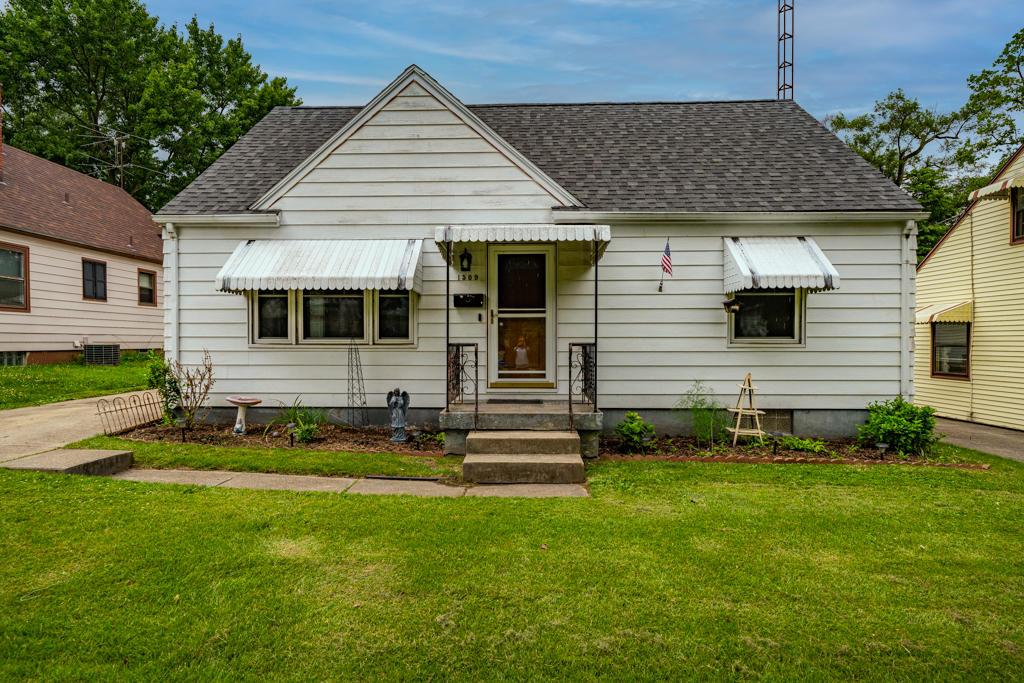 1509 Pershing Boulevard Property Photo