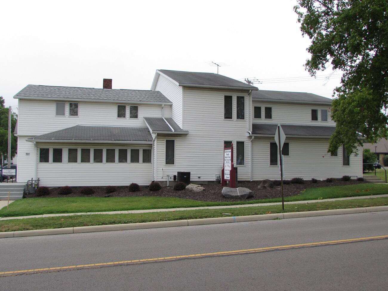 701 N Madriver Street Property Photo