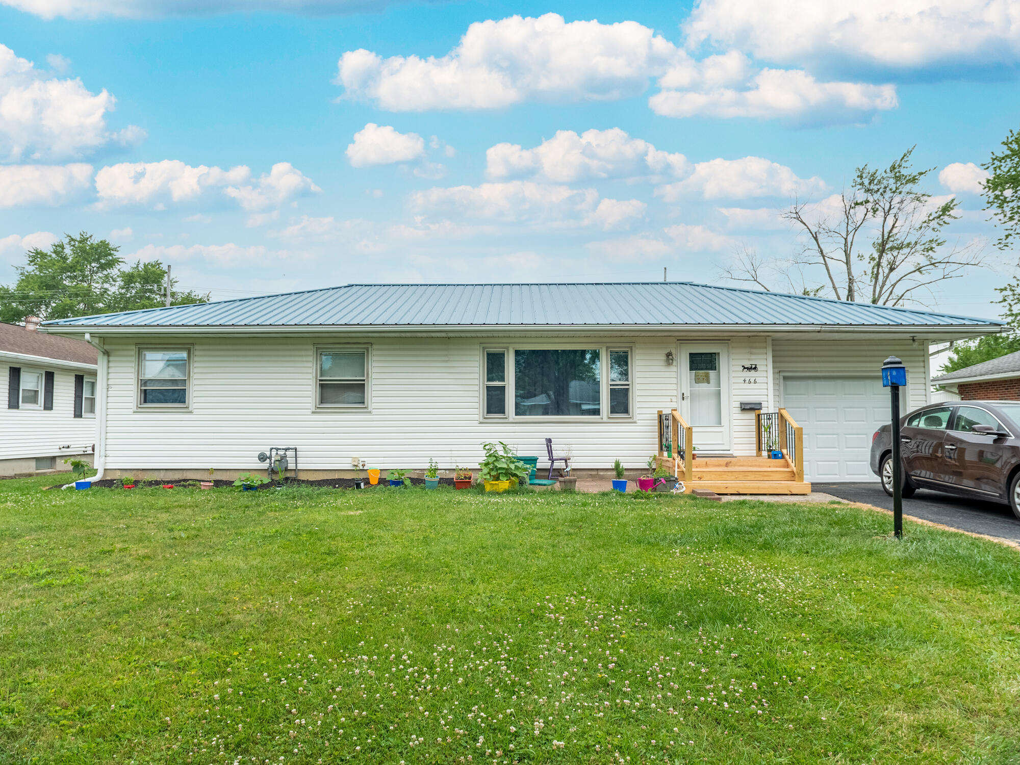 466 S Collins Avenue Property Photo