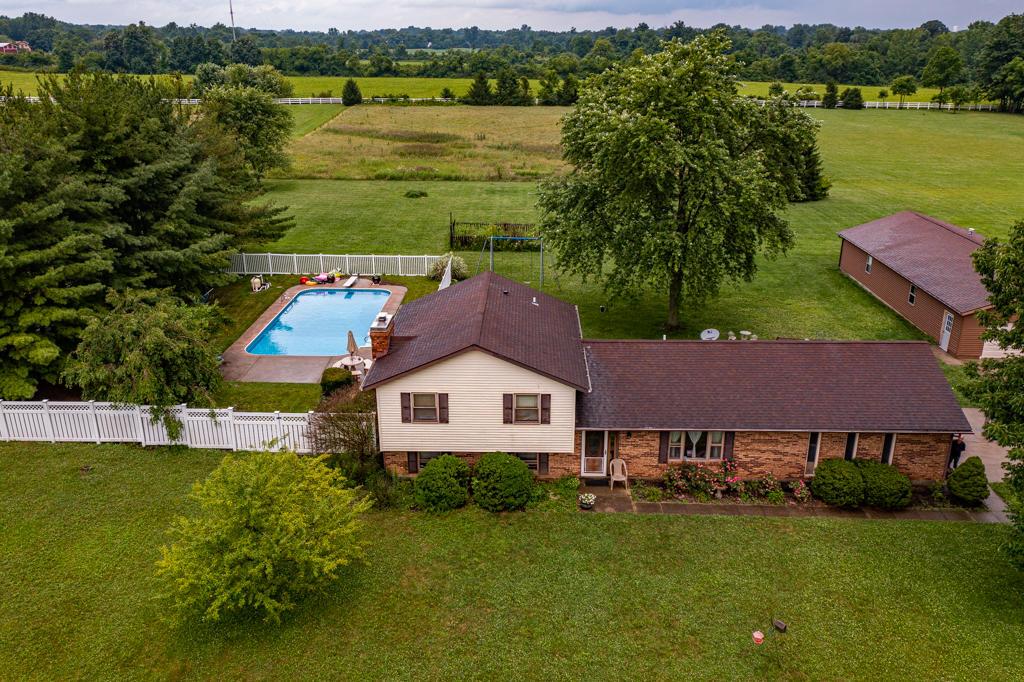 9367 Artz Road Property Photo
