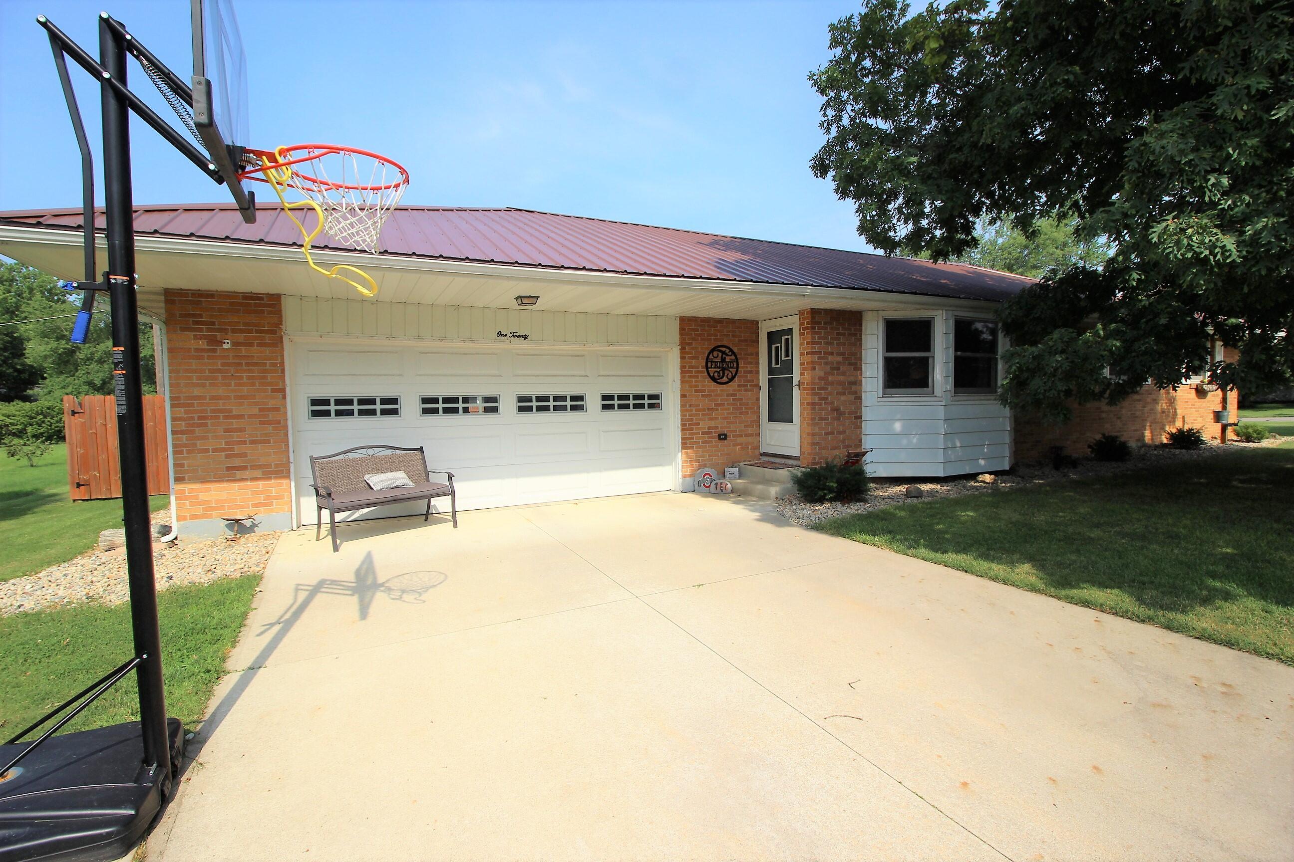 120 Northwood Street Property Photo