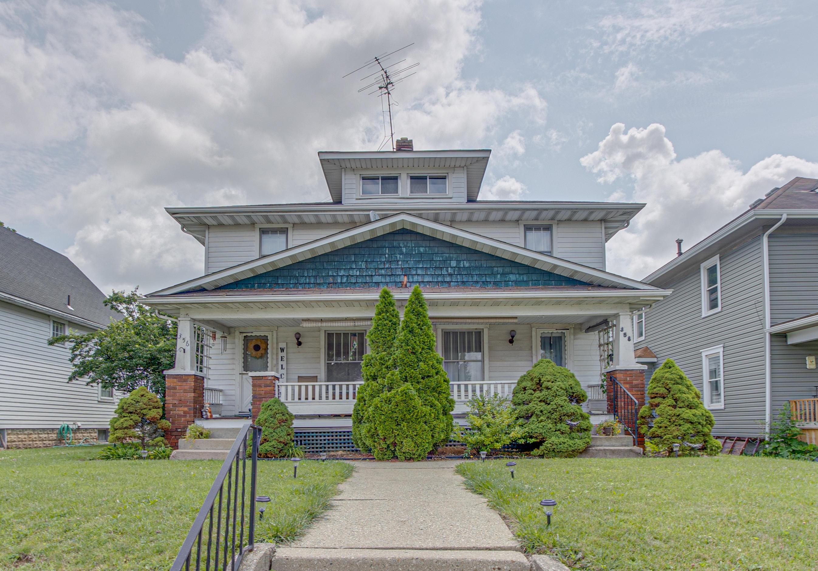 356 S Clairmont Avenue Property Photo 1