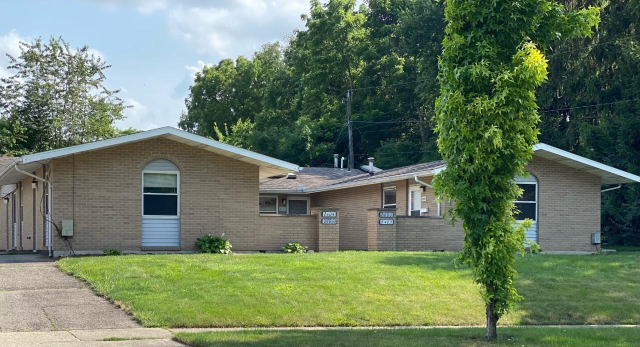 2400-2406 Red Coach Drive Property Photo 1