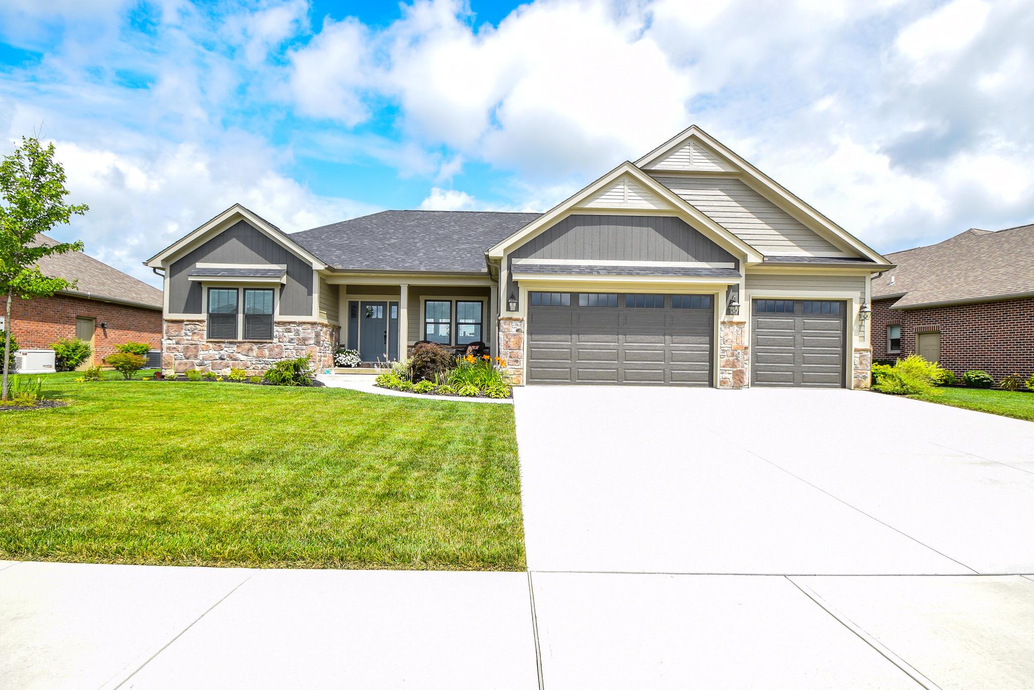 1095 Rosenthal Drive Property Photo 1