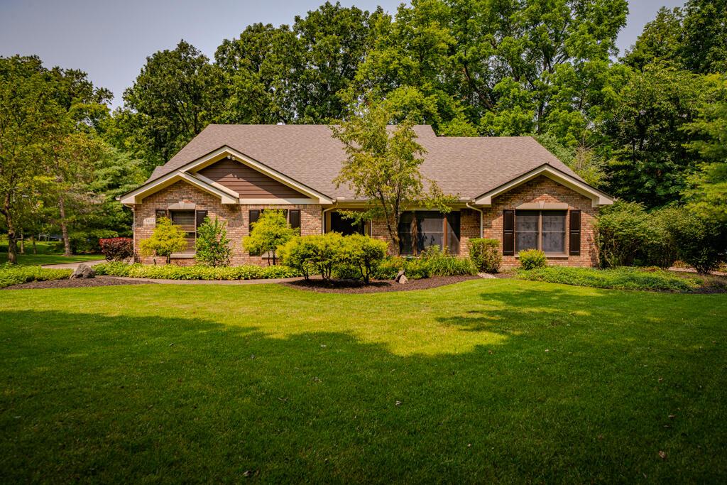 5673 Whispering Way Property Photo 1
