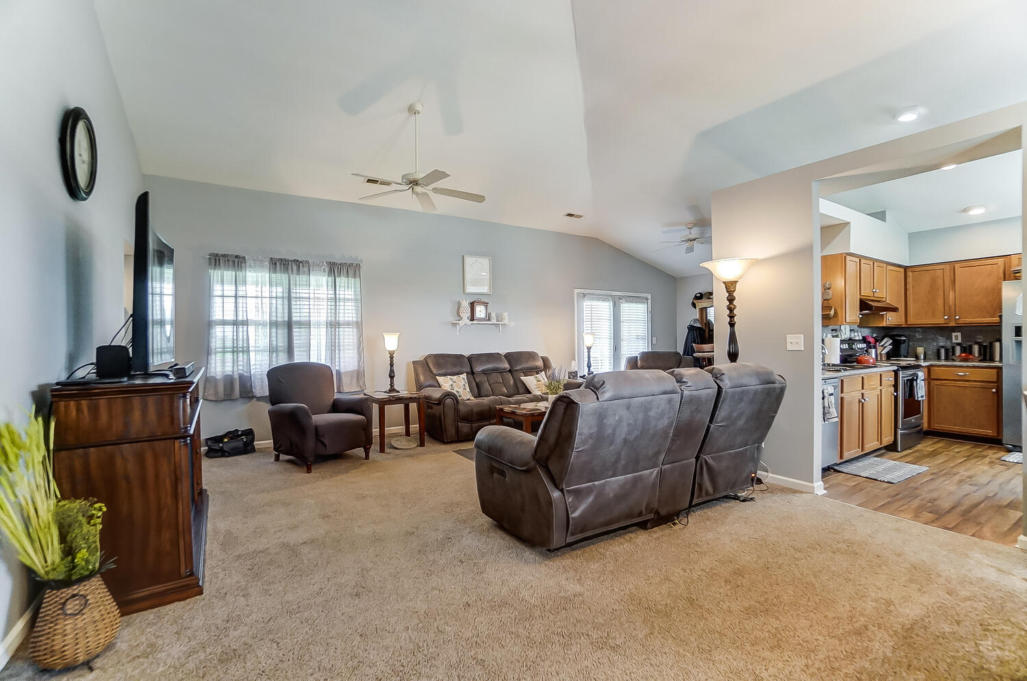 6535 Clymer Road Property Photo 8