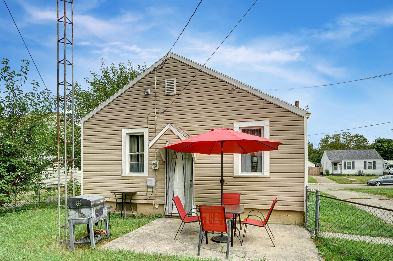 231 N Douglas Avenue Property Photo 24