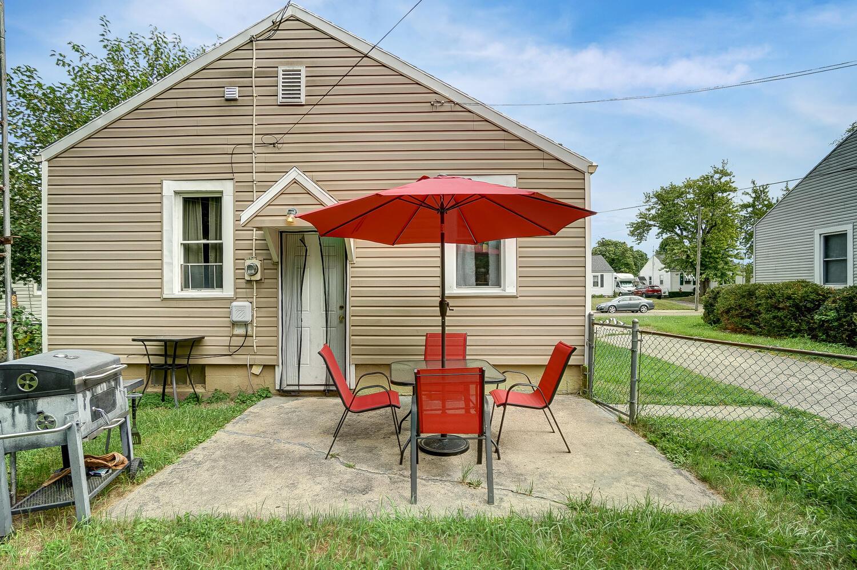 231 N Douglas Avenue Property Photo 25