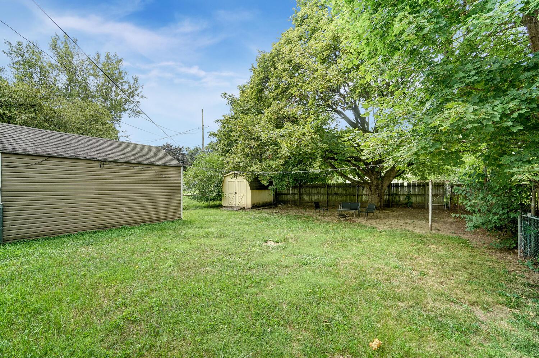 231 N Douglas Avenue Property Photo 29