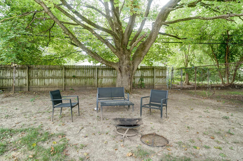 231 N Douglas Avenue Property Photo 31