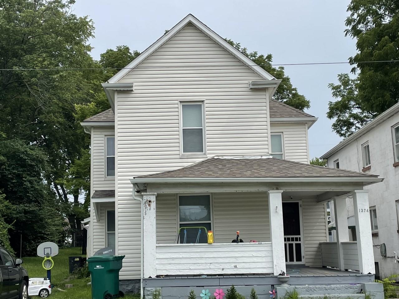 1374 W Mulberry Street Property Photo 1