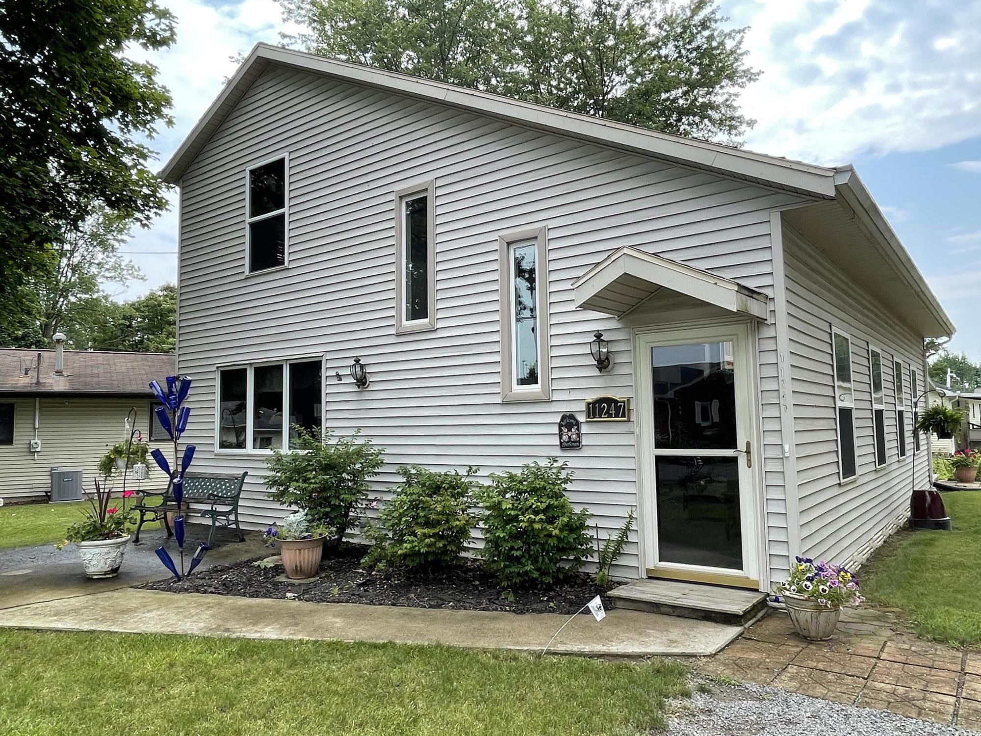 11247 Fairview Lane Lane Property Photo