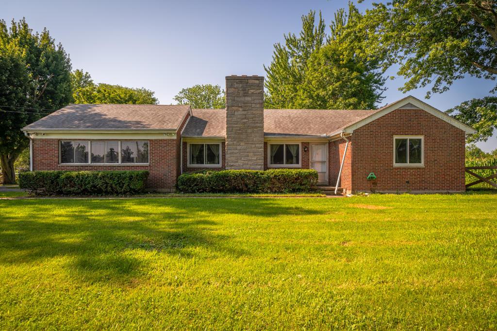 6842 Salem Avenue Property Photo