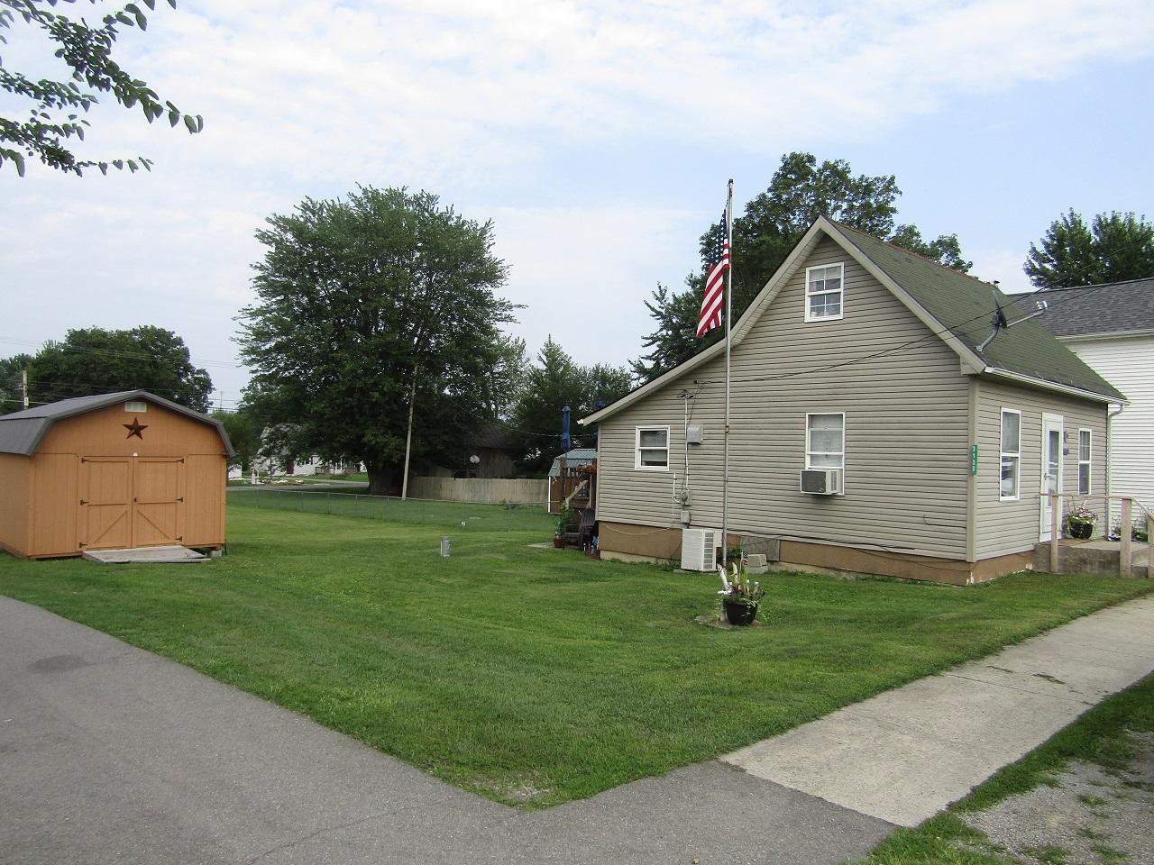 3133 Main Street Property Photo 4