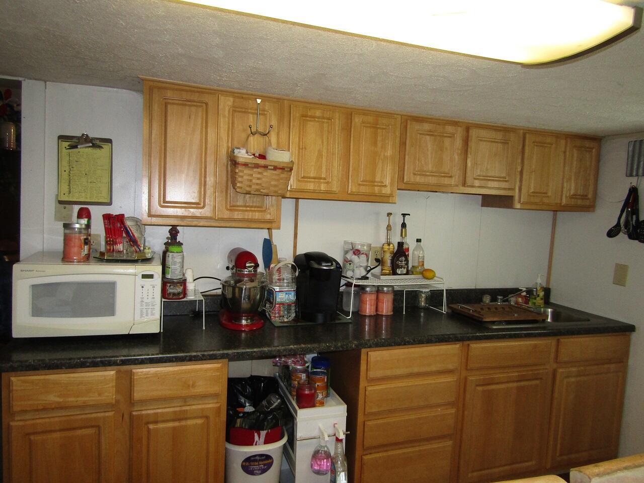 3133 Main Street Property Photo 6