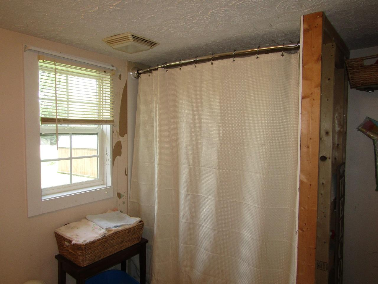 3133 Main Street Property Photo 15