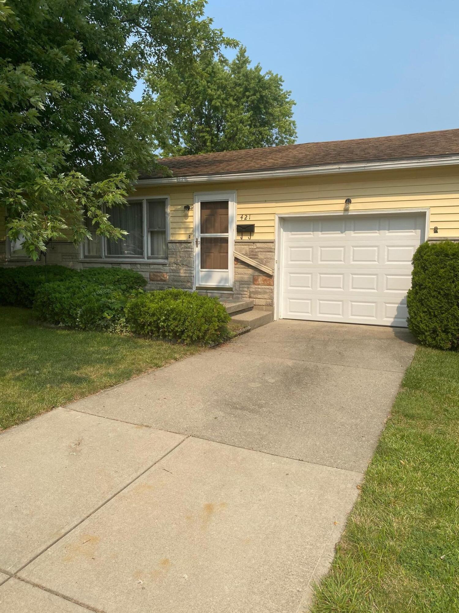 421 E Lawn Avenue Property Photo 1