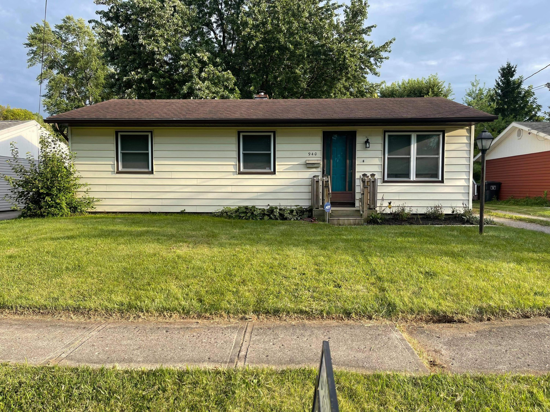 940 E Vine Street Property Photo