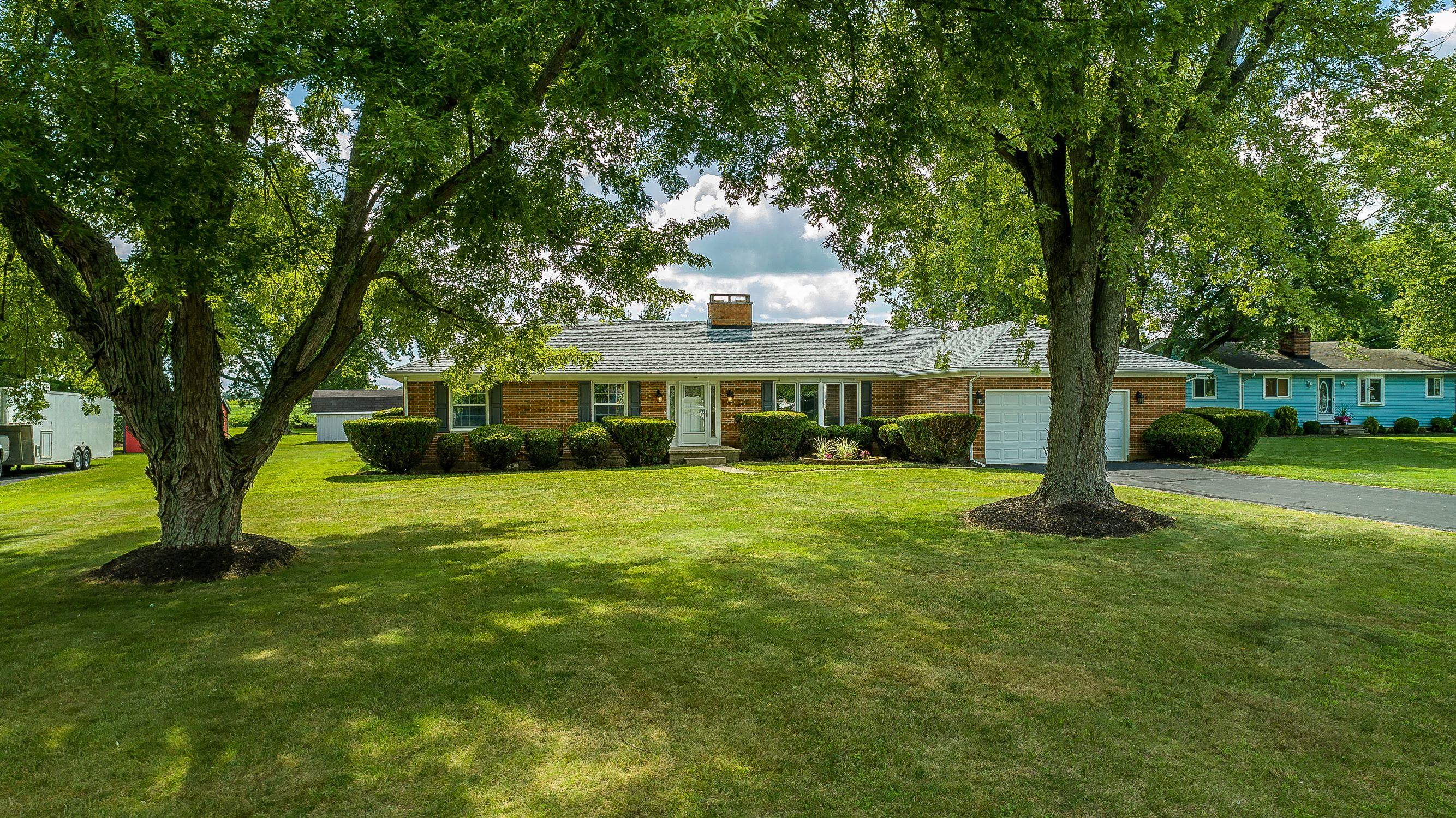 6885 N Alexander Drive Property Photo 1