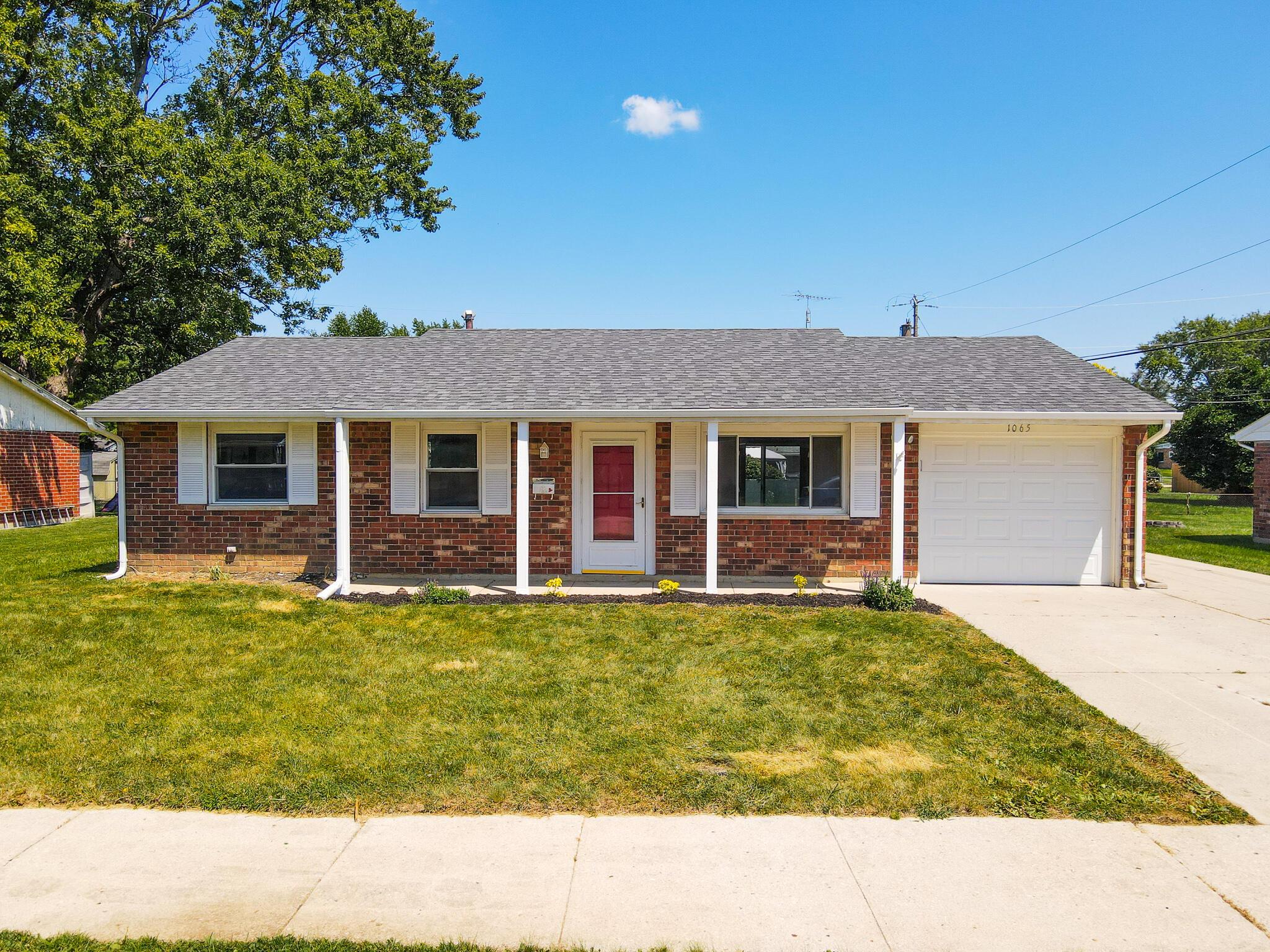 1065 S Mystic Lane Property Photo 1