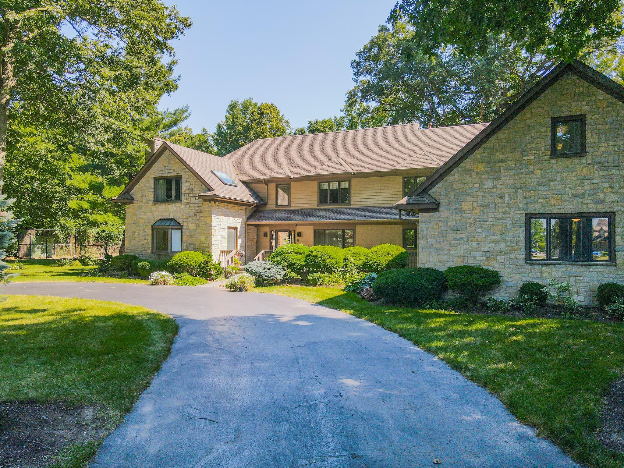 2401 Worthington Drive Property Photo 4