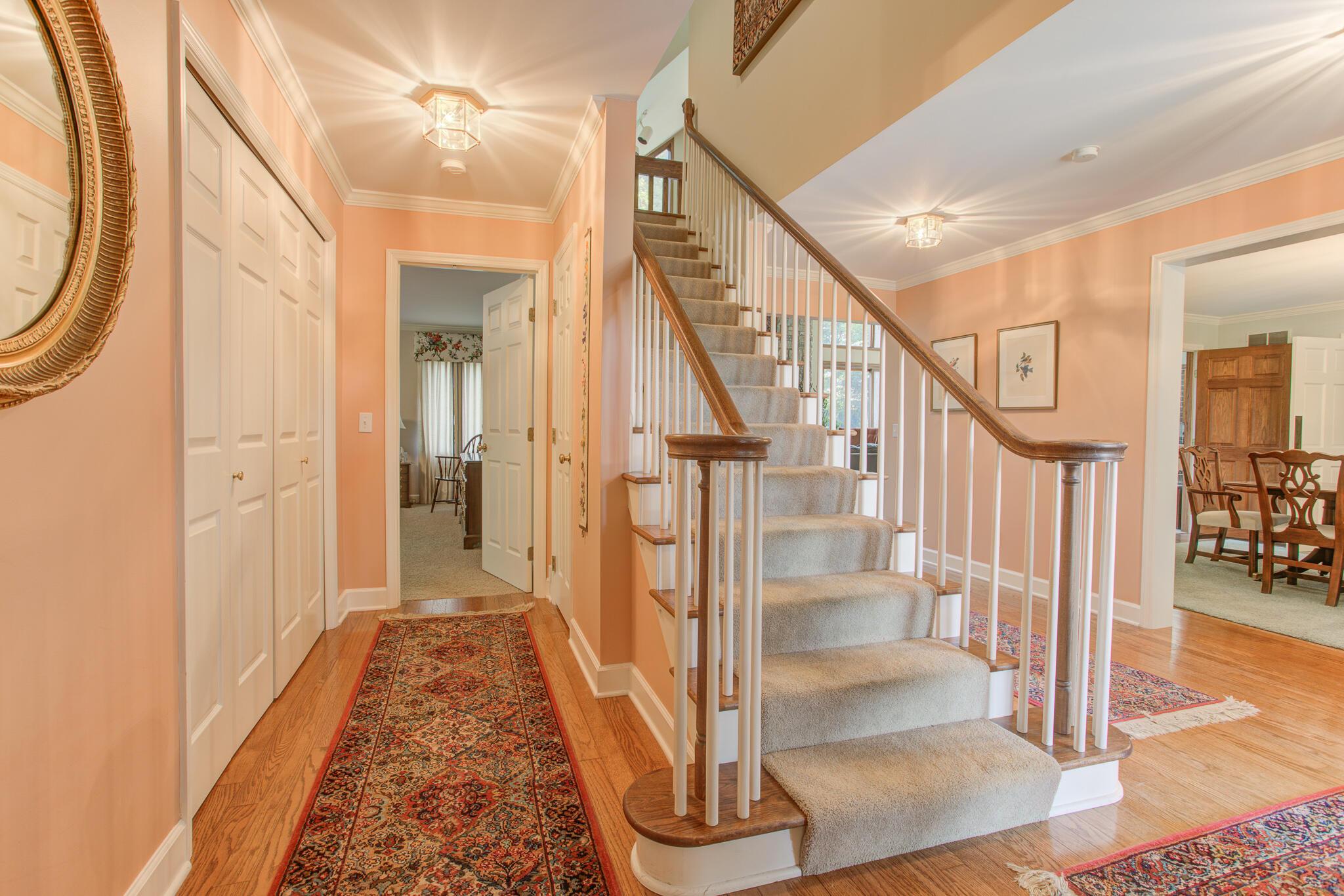 2401 Worthington Drive Property Photo 9