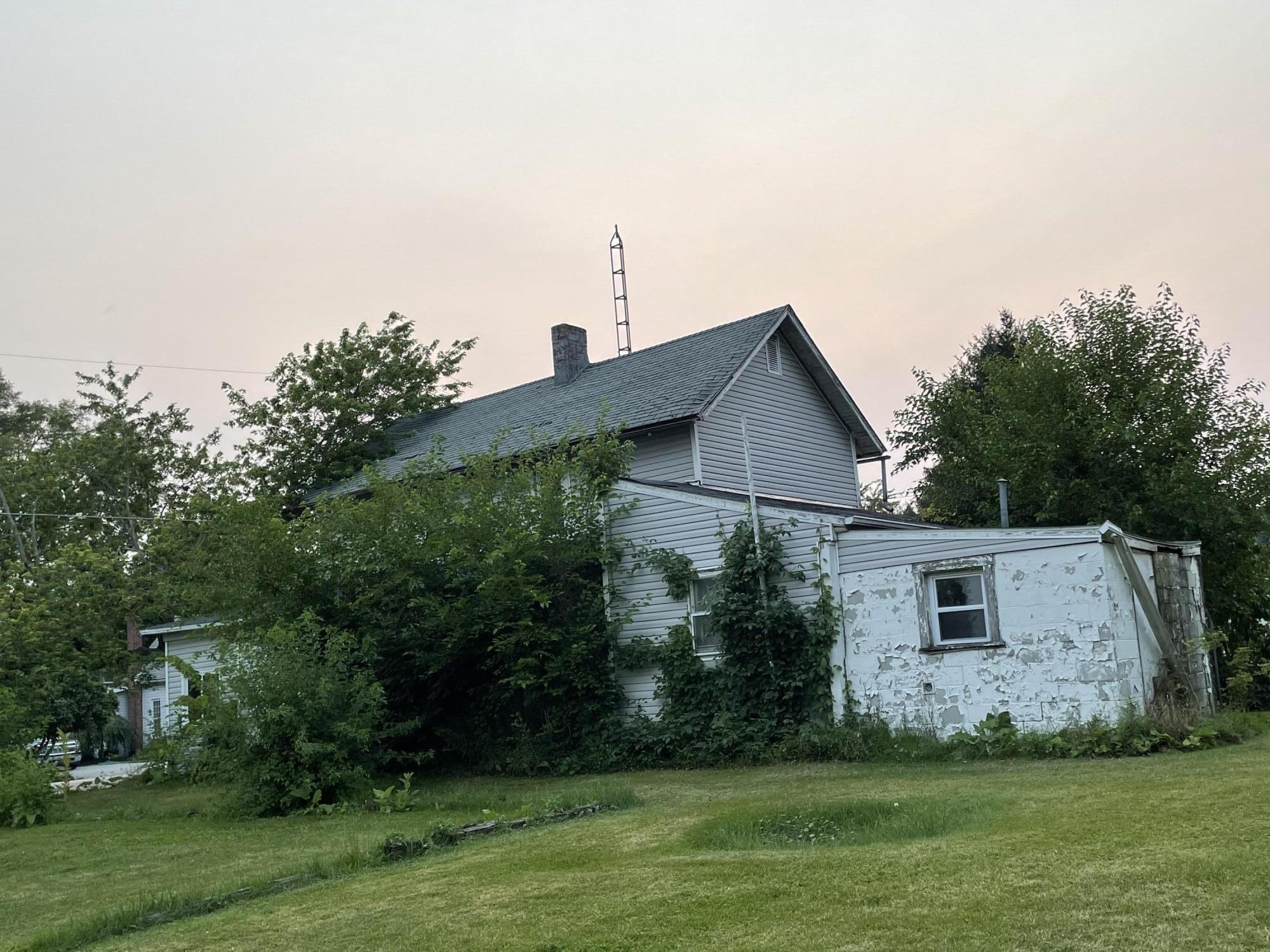 18022 State Route 117 Property Photo 8