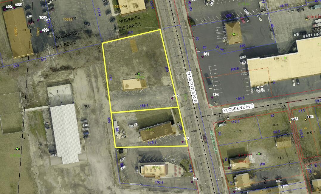 725 N Bechtle Avenue Property Photo