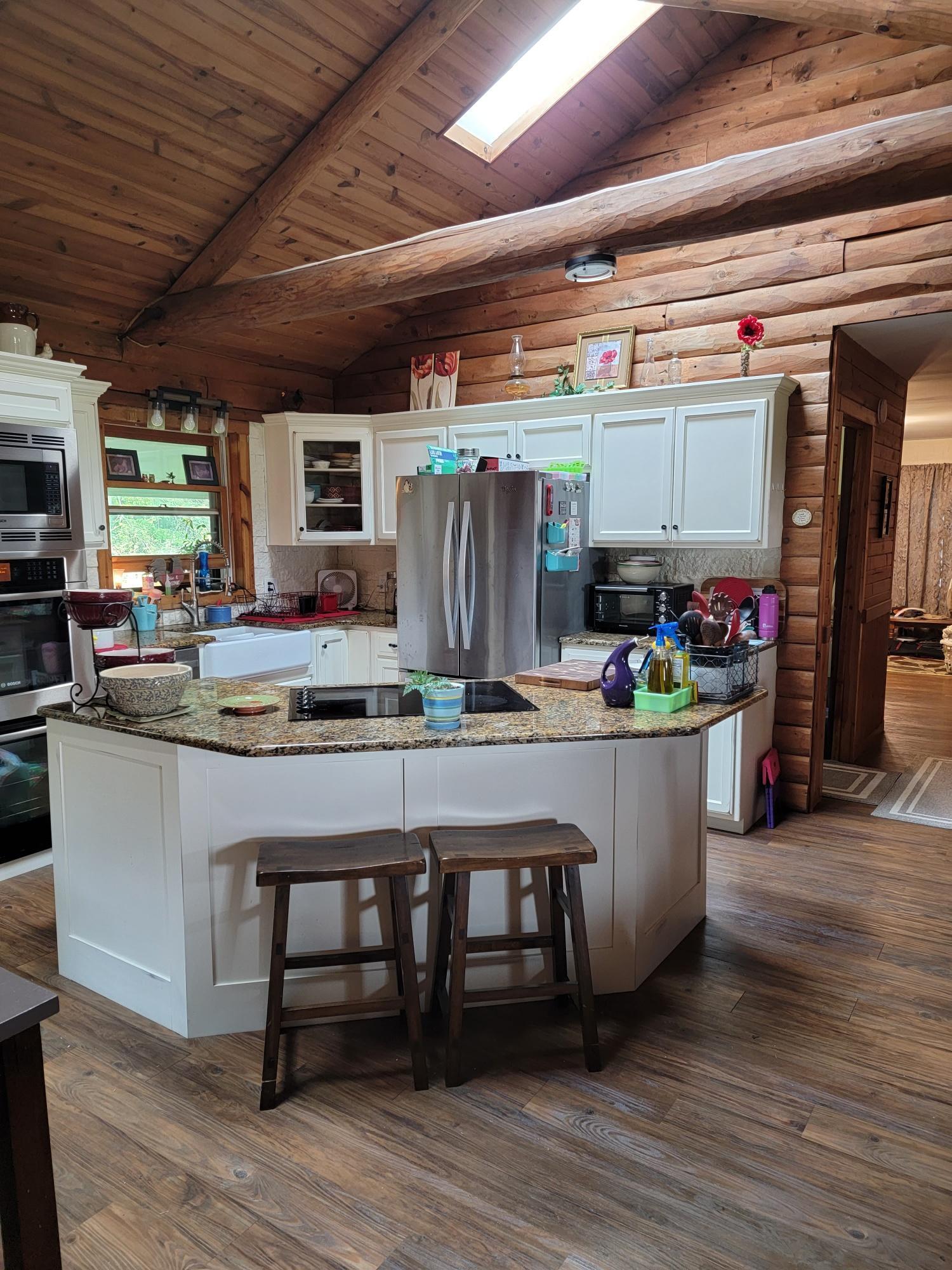 700 W Breese Road Property Photo 1