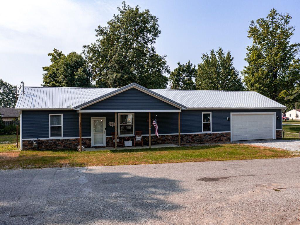 14072 Lindenwood Avenue Property Photo