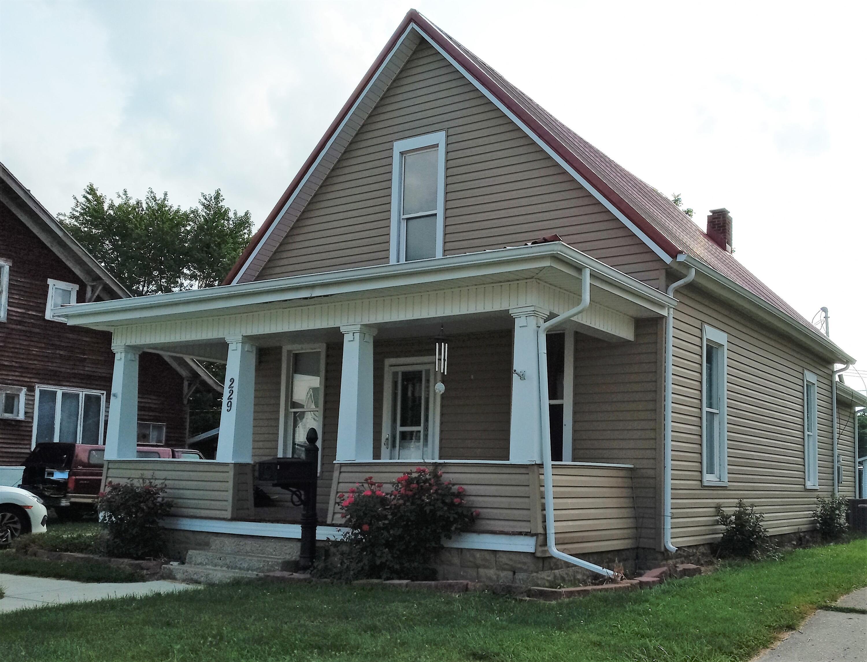 229 N Spruce Street Property Photo