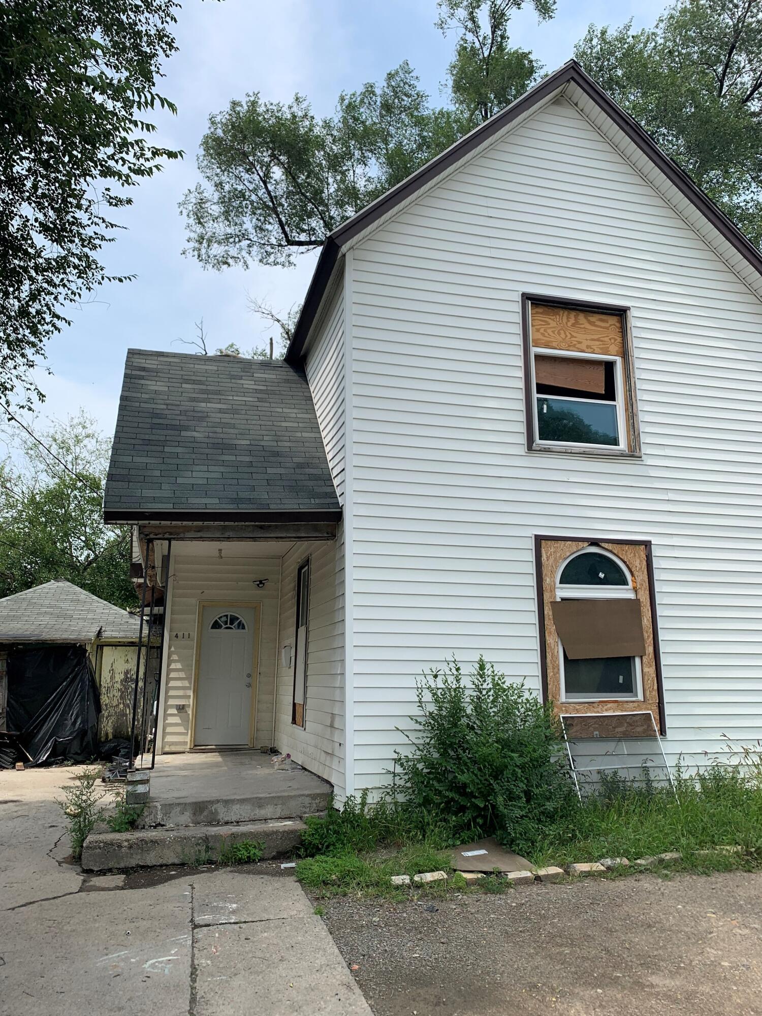 411 N Metcalf Street Property Photo