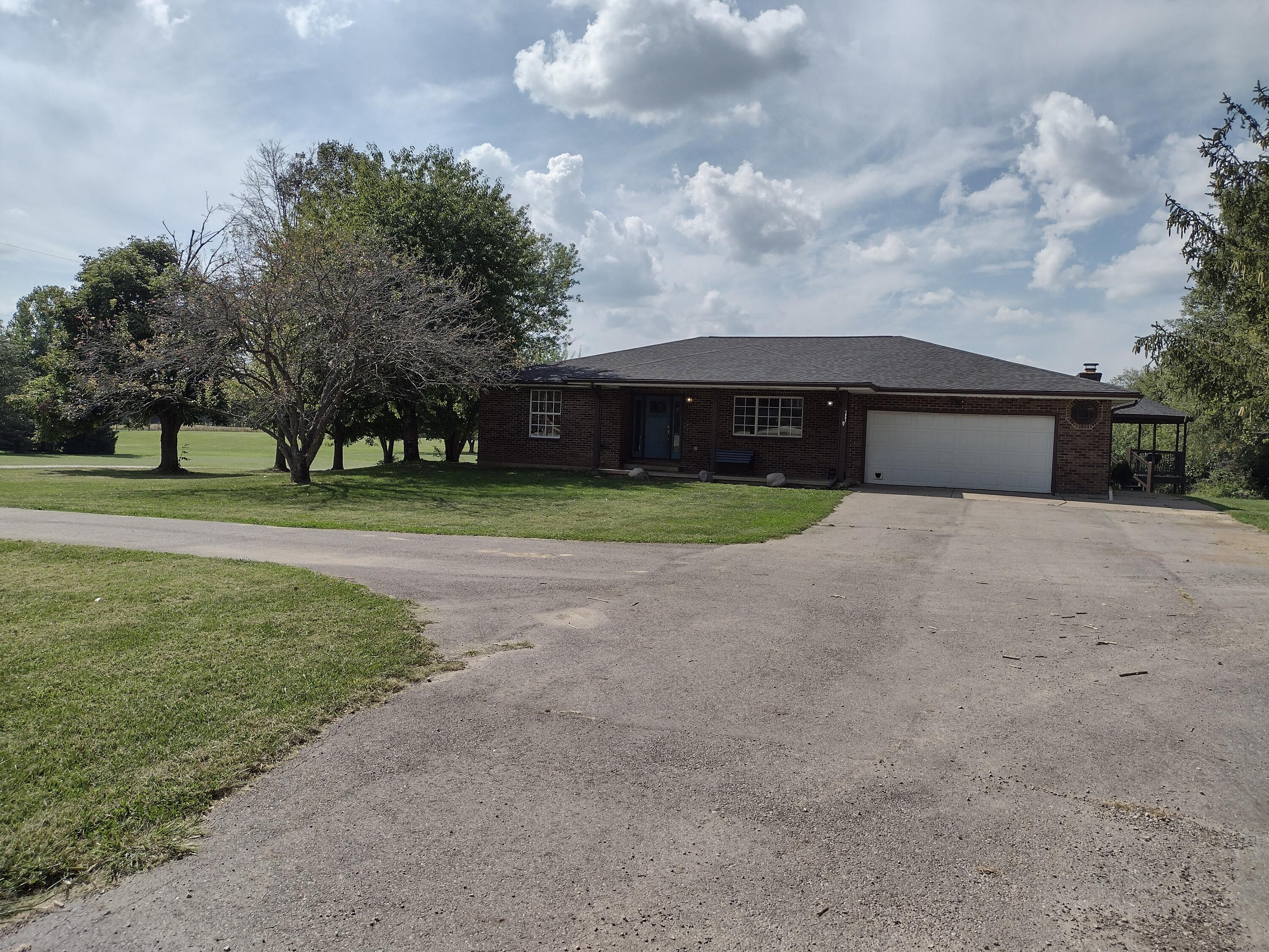 1001 Whaley Road Property Photo