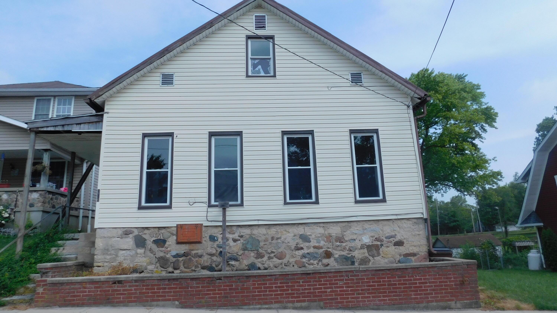 212 Main Property Photo 1