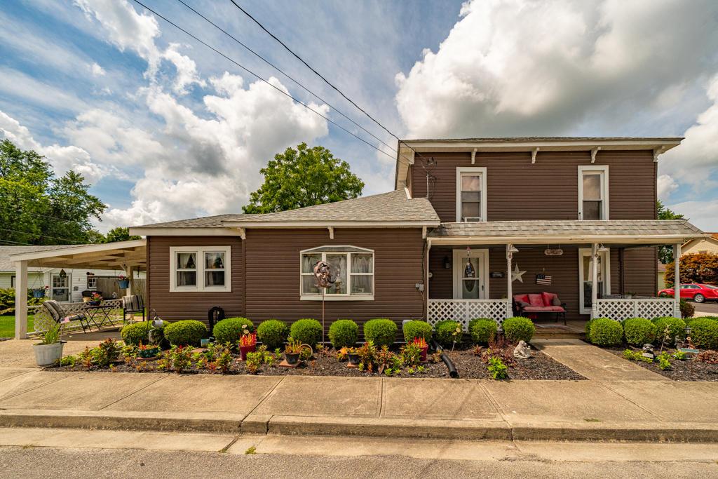 110 Walnut Street Property Photo