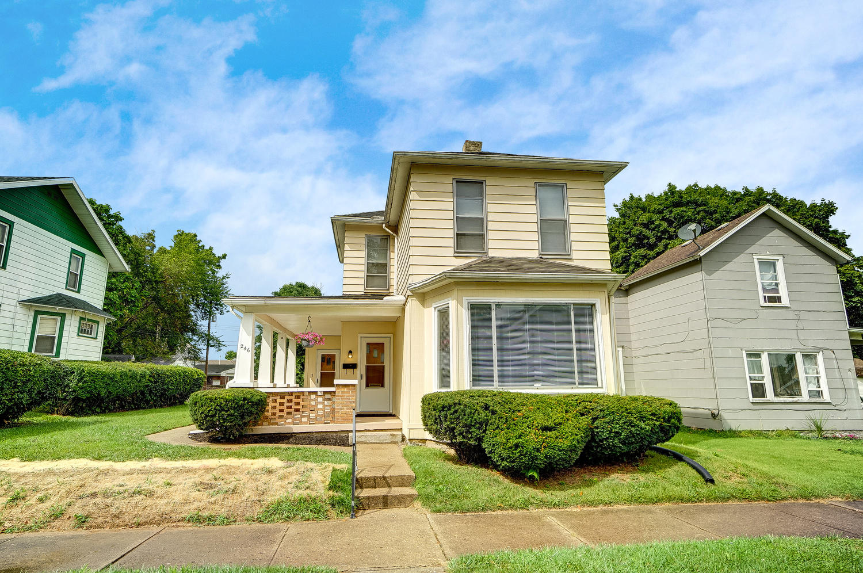 246 E 3rd Street Property Photo 1